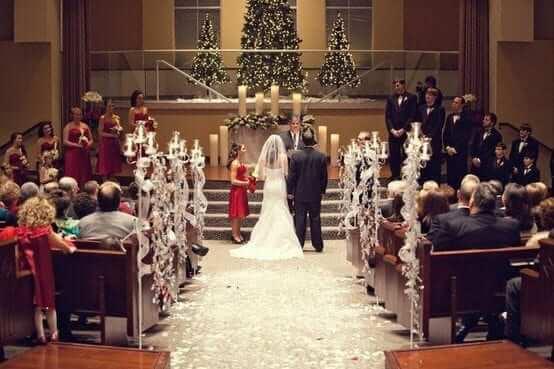 Christmas Themed Weddings
