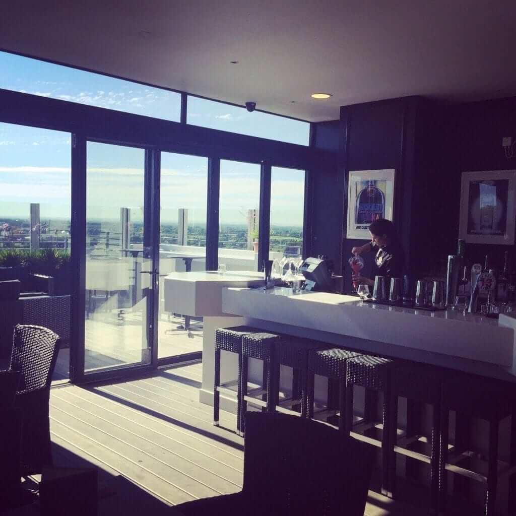 Roof top indoor bar